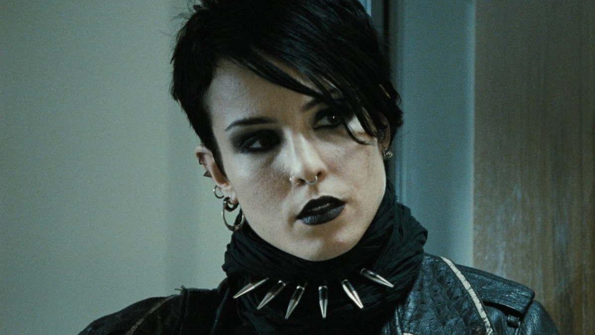 Нуми Рапас снимется в триллере Netflix «Черный краб»